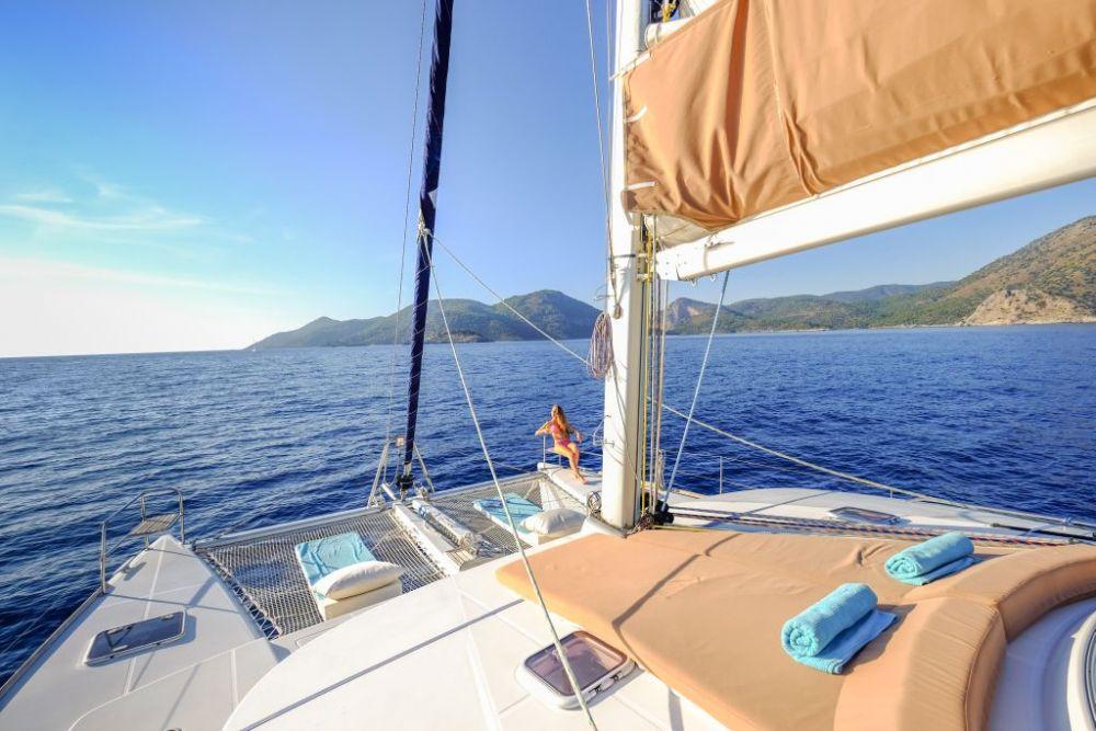 fcc21 bareboat güverte